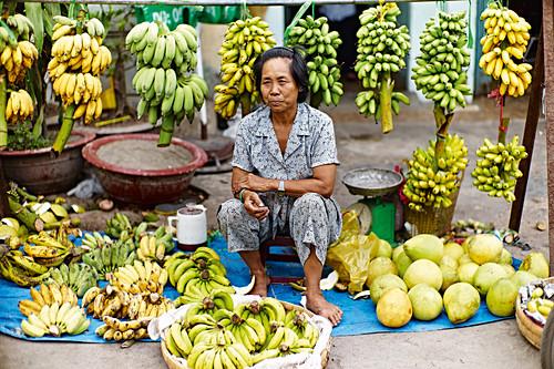 A Vietnamese banana seller
