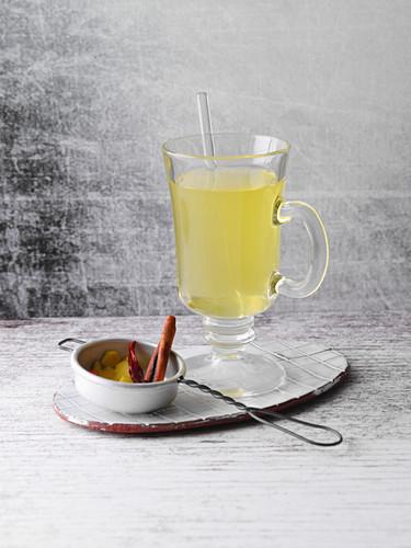 Yellow spiced pu erh tea