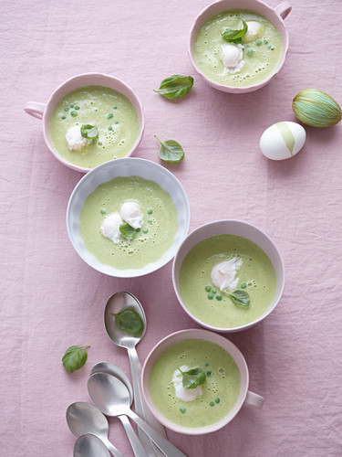 Green pea soup with poached quail's eggs