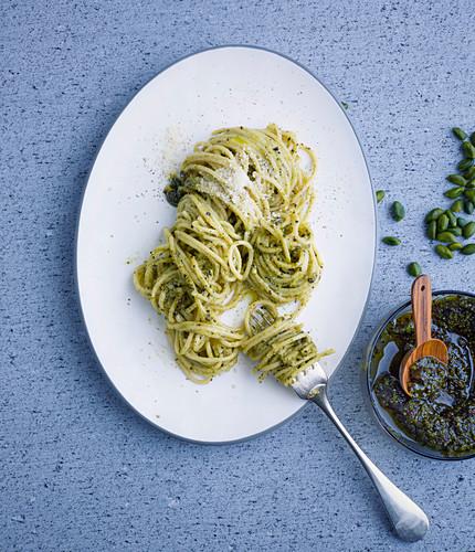 Spaghetti with espresso and nut pesto