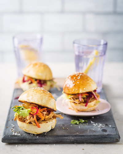 Apple-and-pear pulled pork sliders with cider sauce