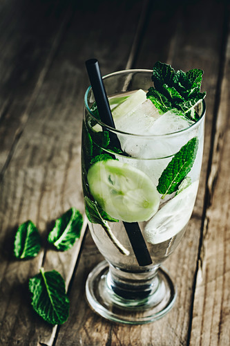 Detox water with cucumber, fresh mint leaves and ice