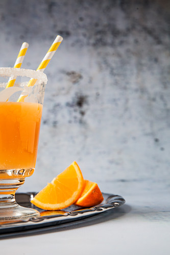 Sunset: a cocktail with orange juice, whiskey and apricot brandy