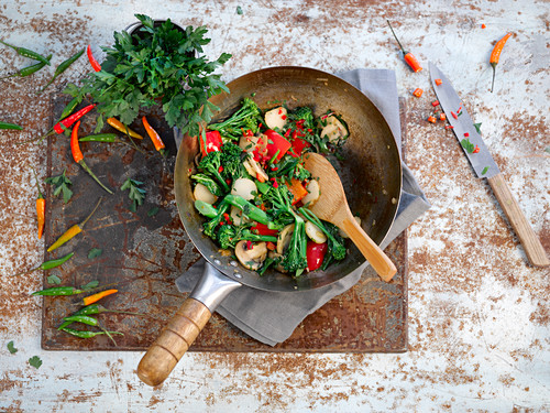 Sweet chilli vegetable stir fry (Asia)