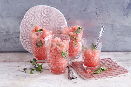 Orientalisches Wassermelonen-Granita