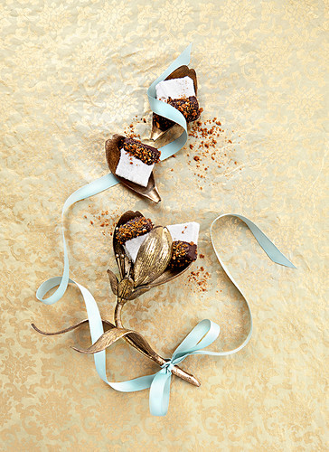 Christmas gifts from the kitchen: marshmallows with gingerbread spices