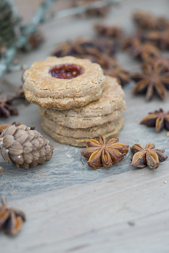 Linzer Plätzchen (nutty shortcrust jam sandwich biscuits with holes on top) for Christmas