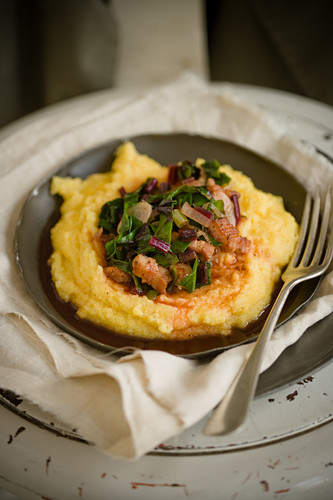 Polenta with beetroot leaves and bacon