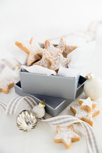 Lemon shortbread stars in a gift box