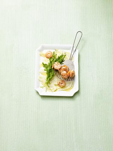 Fennel carpaccio with rocket and prawns (no carb)