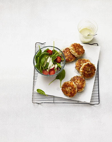 Fish cakes for spinach salad (no carb)