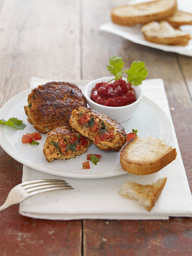 Veal patties filled with tomatoes and coriander