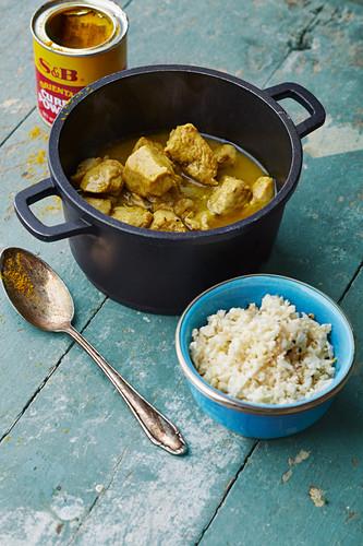 Chicken korma with cauliflower rice (India)