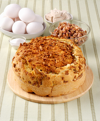 Gnocco ingrassato (yeast cake made with bacon and egg, Italy)