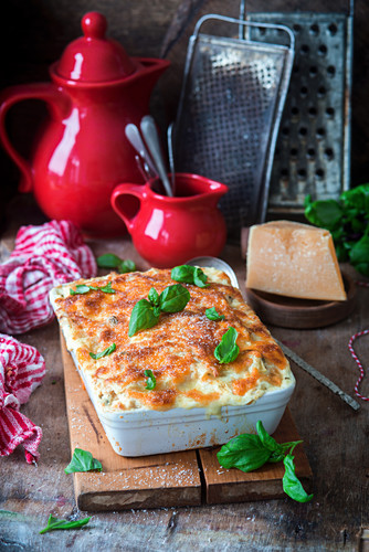 Lasagna with chicken and cheese