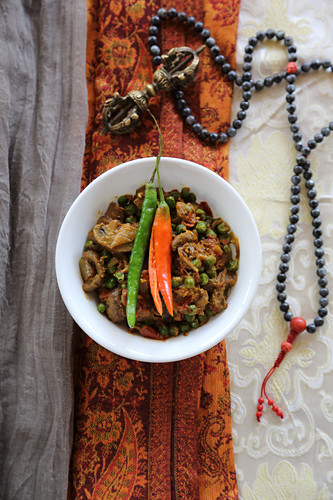 Matar with chili peppers (Stew from Tibet)