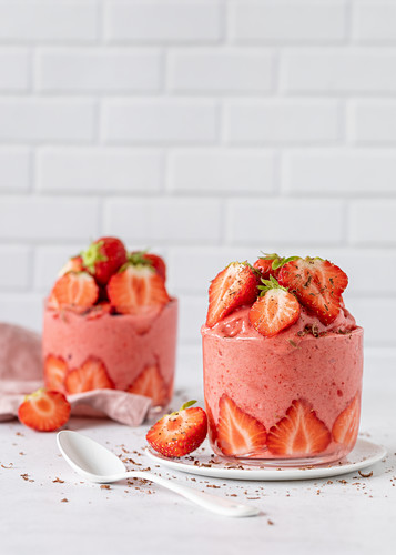Strawberry nicecream