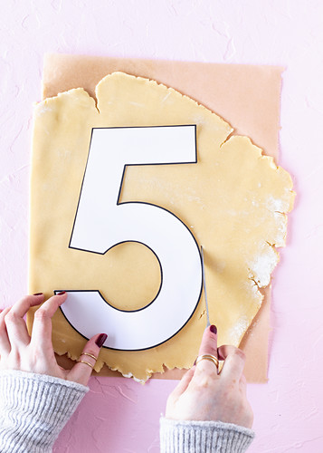Making a 'number cake'