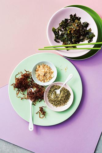 Nudefish wakame salad, macadamia coconut crunch, nori katsuobushi furikake and crispy onions
