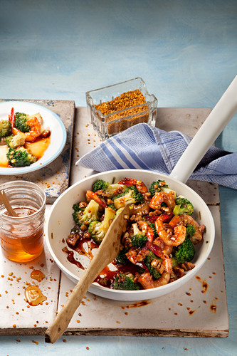 Roasted broccoli and prawns with honey and ground ginger