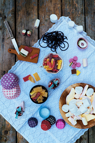 Ingredients for DIY Sushi candy