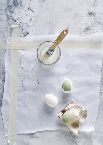 weiße Eier bemalen