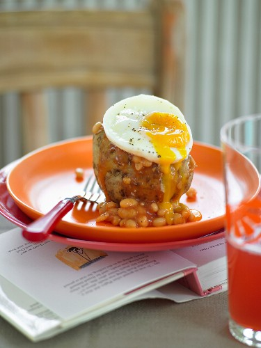 Kids Potatoes with Egg and Beans