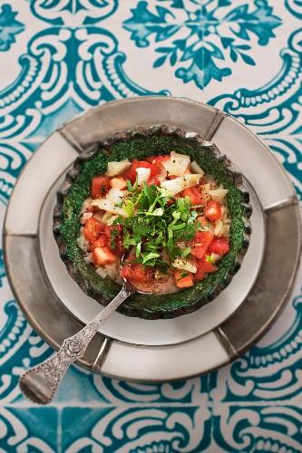 Tomato salad with white pepper (Morocco)