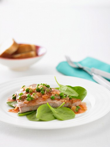 Italian-Style Tuna with Peas