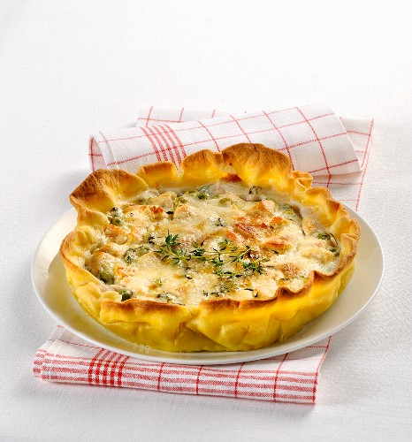 Spicy vegetable and cheese tart