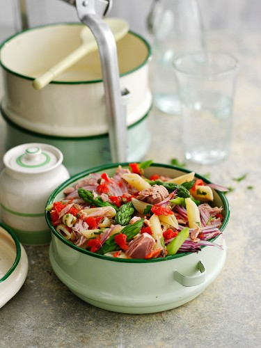 Pasta salad with tuna fish and asparagus