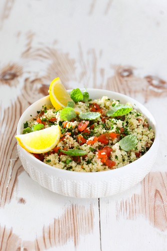 Couscous salad with tomatoes and peppermint