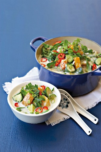 Thai-style green vegetable curry