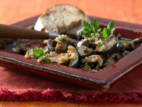 Marinated chestnut mushrooms with gremolata