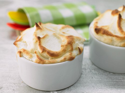 Sweet apple souffles with cinnamon
