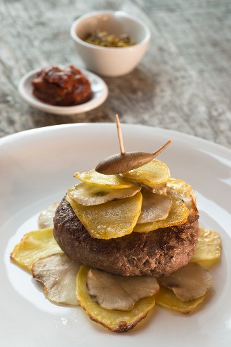 Jerusalem artichoke & potato sandwich with a goat burger