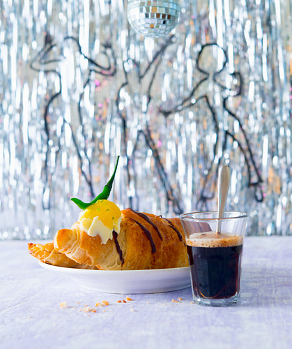 Chocolate croissant with mango and chilli preserve