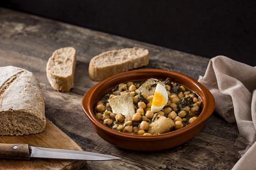 Potaje de Vigilia - Chickpea stew with spinach and cod fish