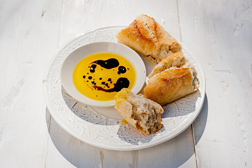 Olive oil, Aceto Balsamico and fresh baguette