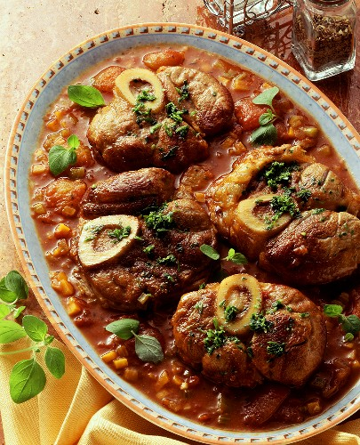 Ossobucco alla Milanese (Braised slices of veal shank)