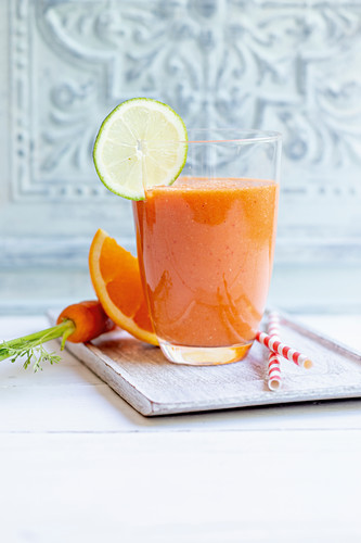 ACE booster with apricots, carrots, tomatoes, oranges and wheatgerm oil