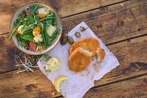 Veggie schnitzel with a vegetable salad
