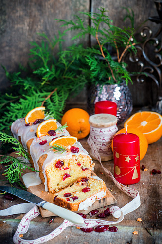 Orange and cranberry cake with icing