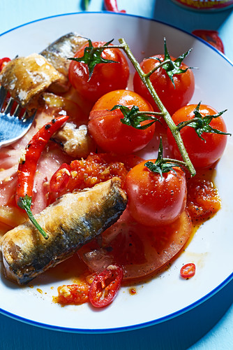 Tomato salad with sardines, chillies and sorbet