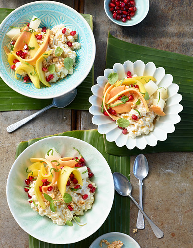 Coconut rice pudding with fruit