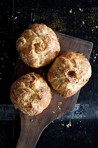 Artisan cheese bread