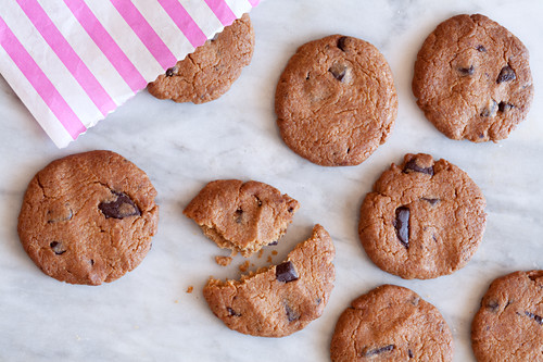 Peanutbutter and chocolate chip biscuits, keto lowcarb glutenfree dairyfree