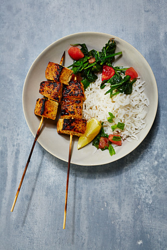 Tofu skewers with rice