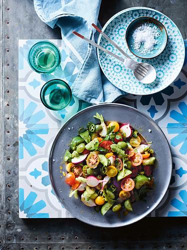 Turkish coban salatasi (shepherd's salad)