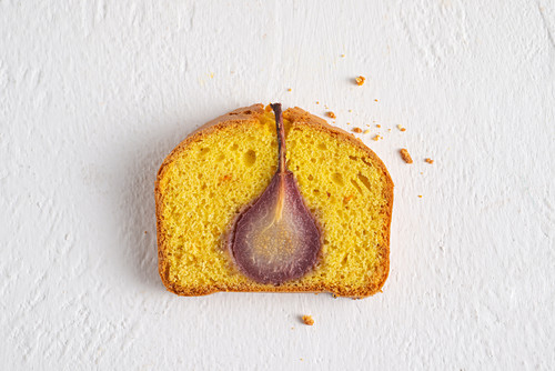 Red wine pear cake with saffron and tangerine